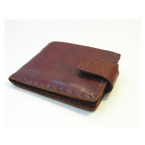 チョコと一緒に贈りたい フェアトレードの革財布