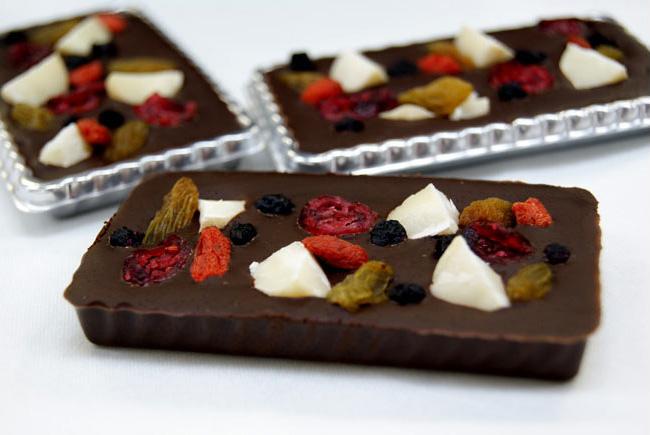 チョコレートの宝石箱♪オーガニックチョコとドライフルーツのコラボ!ご予約は本日まで!