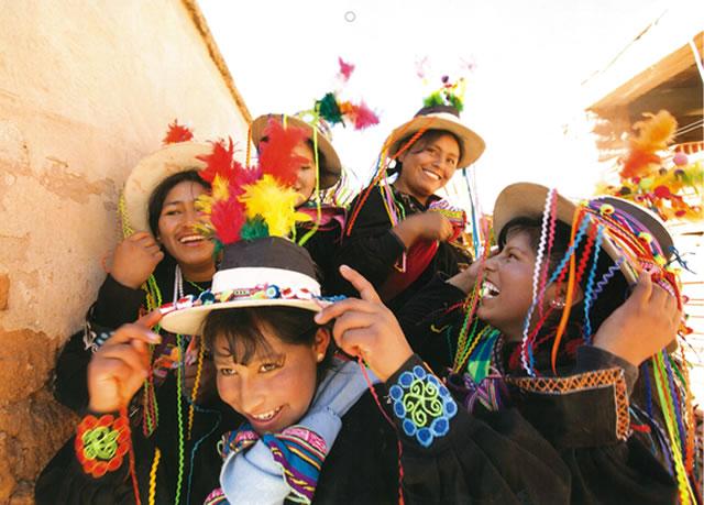 子どもたちの表情が魅力的♪JVC国際協力カレンダー