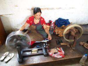 ネパールの縫製工場「マハグチ」