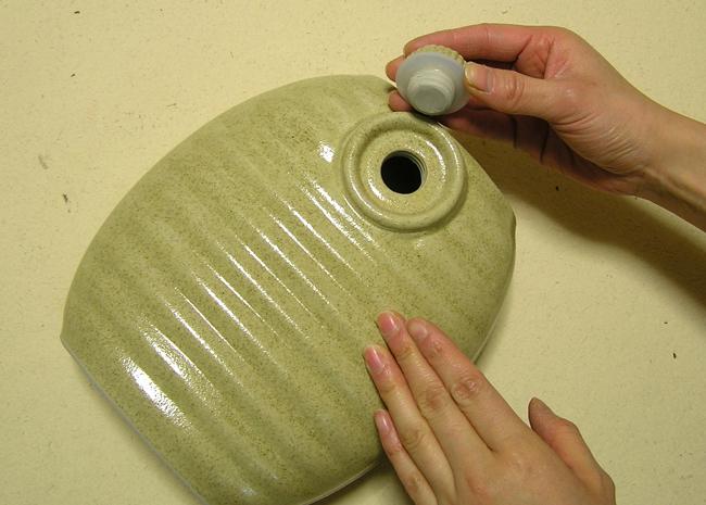 国産陶器の湯たんぽ